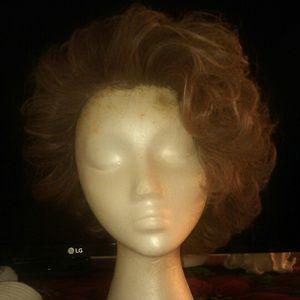 Cutaway wig